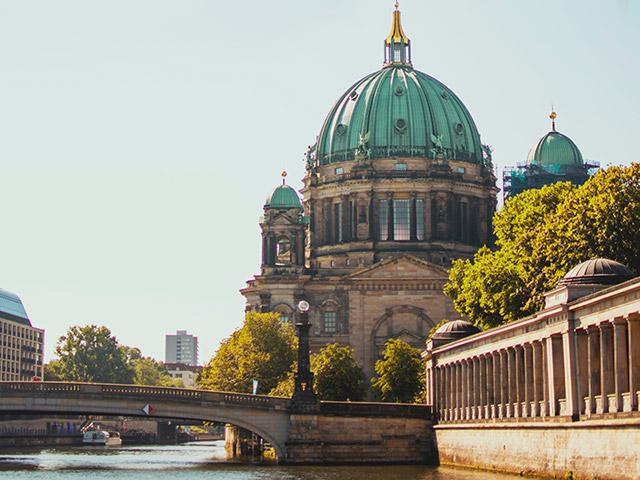 Stadtrundfahrt Berlin Dom