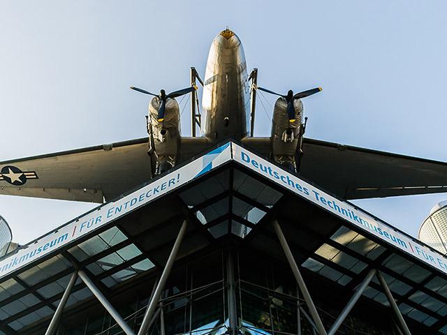 Servicio de limusinas del Museo de Tecnología de Berlín